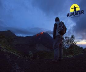 Ascenso al atardecer Volcán Pacaya