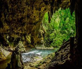 Cuevas de Los Nacimientos de Candelaria