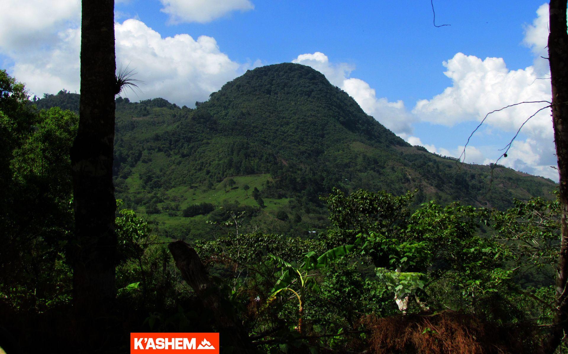 Volcán Quezaltepeque y Aguas Termales