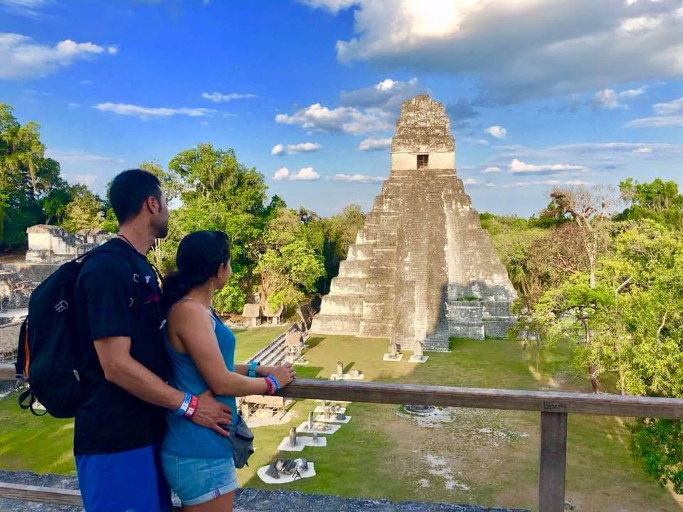 Tour por Tikal, isla de Flores, playa El Remate