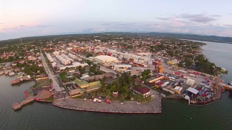 Malecon de Puerto Barrios