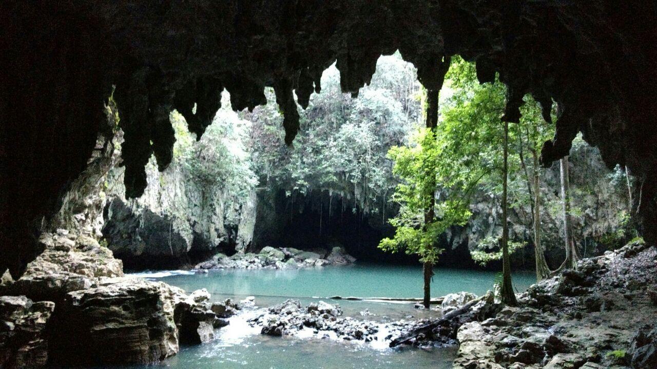 Balneario las Conchas  y Cuevas de Setzol