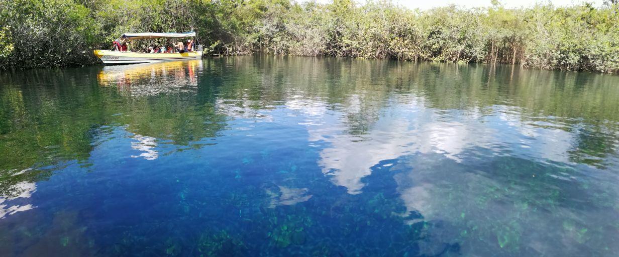 Cratér Azul y Arroyo Pucté