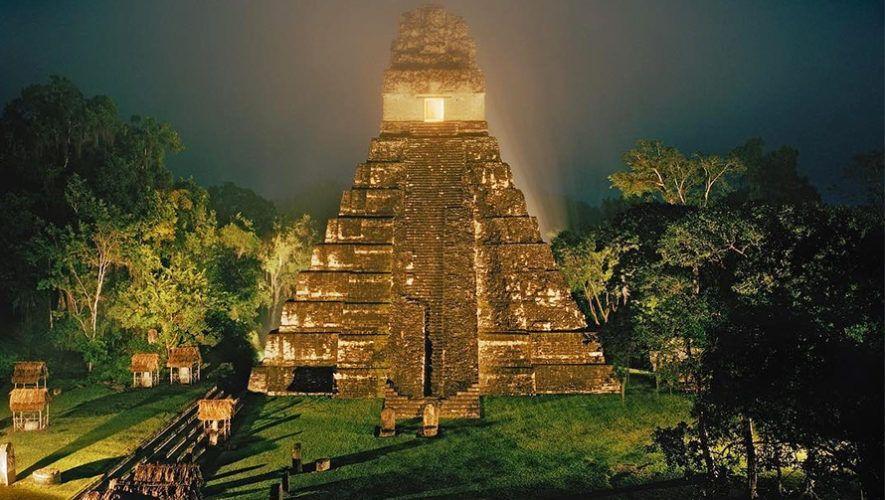 Semana Santa: Viaje a los Sitios Arqueológicos Tikal y Yaxhá