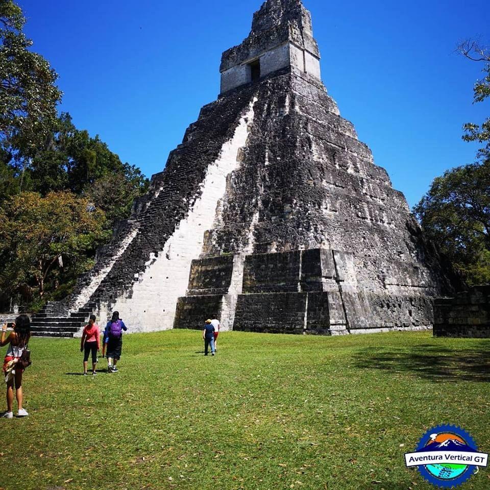 Petén | Mundo Maya Tikal - Playa Chechenal - Castillo de San Felipe - Isla de Flores