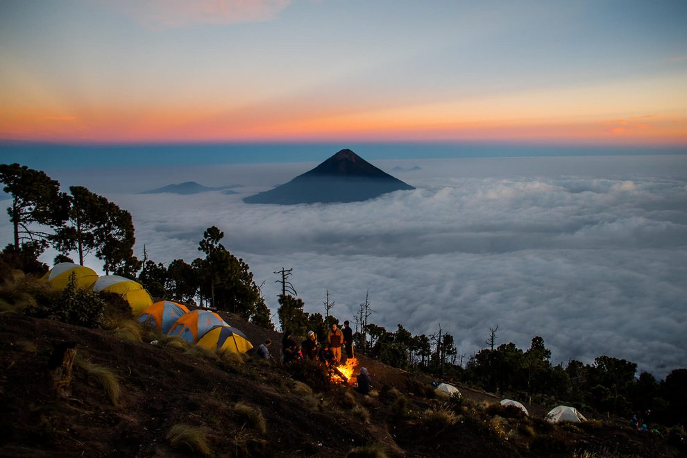Image result for Volcán de Agua en Guatemala