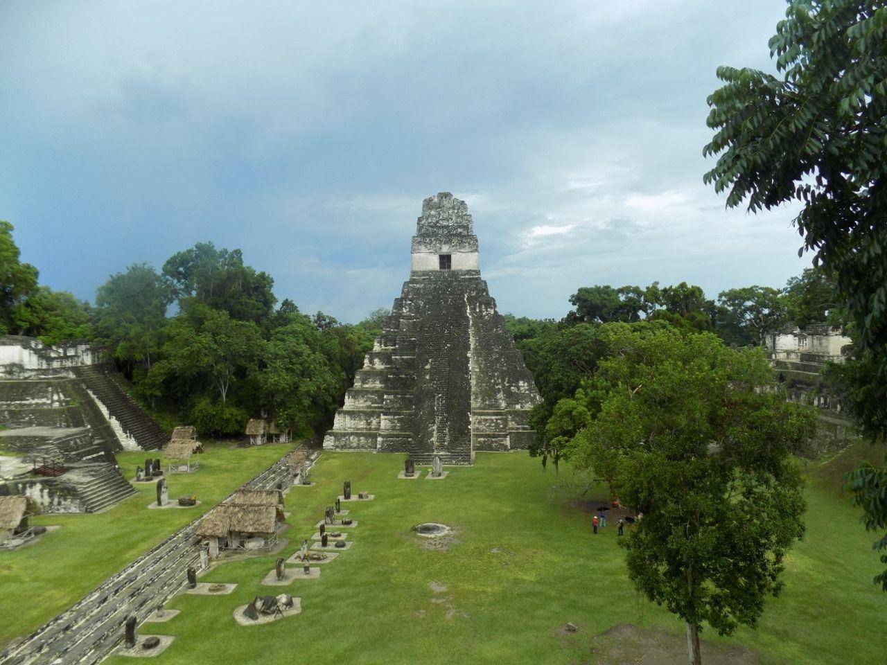 Tikal Espectacular