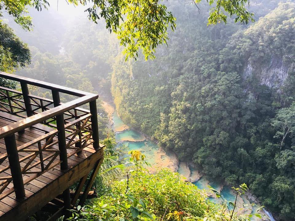 Semuc Champey, Cuevas Kanba y Tubing por el río cahabón.